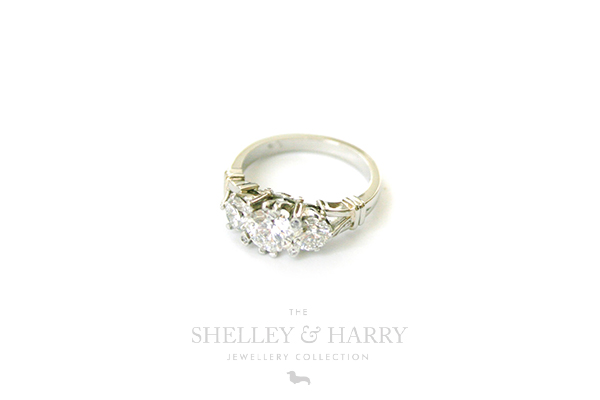 Shelley-and-Harry-Blog-Kaths-engagement-ring