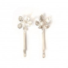 Silver hairclips with pearls