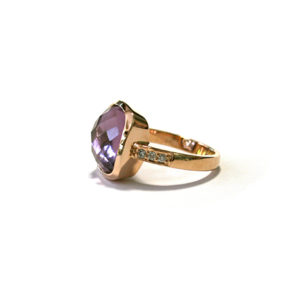 Amethyst-and-Diamond-Ring-Rose-Gold