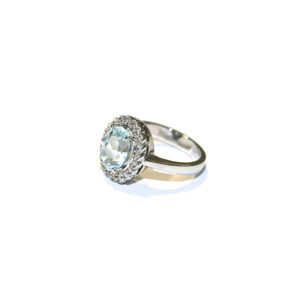 Aquamarine-Ring-with-Scalloped-Diamond-Halo