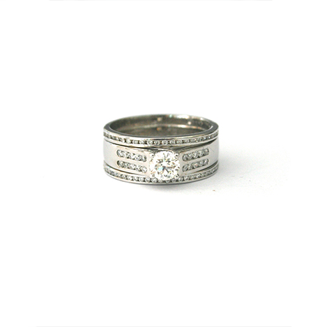 Chunky-Diamond-Engagement-Ring
