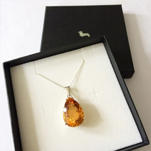 Citrine-Pendant-White-Gold