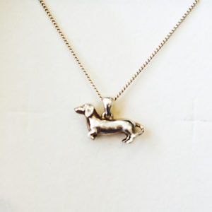 Dachshund-necklace