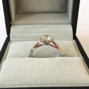 Diamond-engagement-ring-with-tapered-band-01