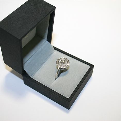 Double-halo-diamond-ring