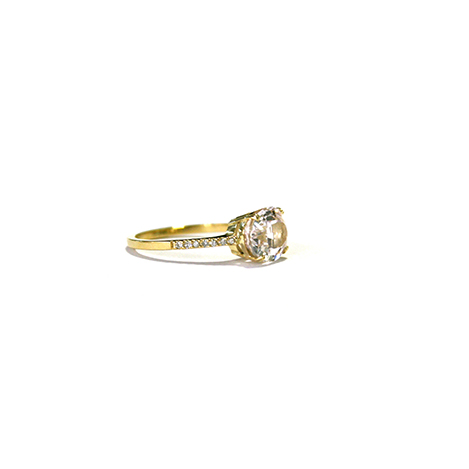 Morganite-and-Diamond-Ring-Yellow-Gold