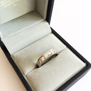 Pave-diamond-band