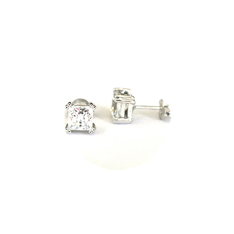 Princess-Cut-Diamond-Studs