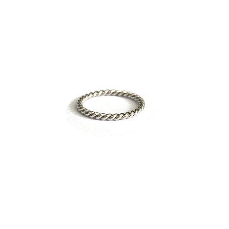 Twisted-Band-White-Gold