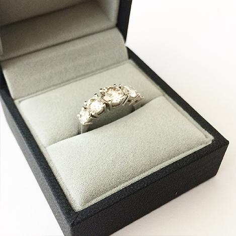 5-Stone-Diamond-Engagement-Ring