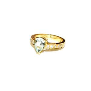 Aquamarine-and-Diamond-Ring-Yellow-Gold