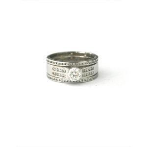 Chunky-Diamond-Engagement-Ring