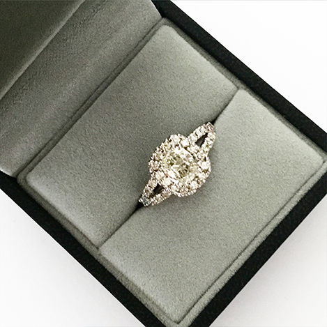 Cushion-Cut-Diamond-Engagement-Ring-with-Halo-and-Split-Band