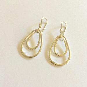 Drop-Shaped-Earrings-Gold