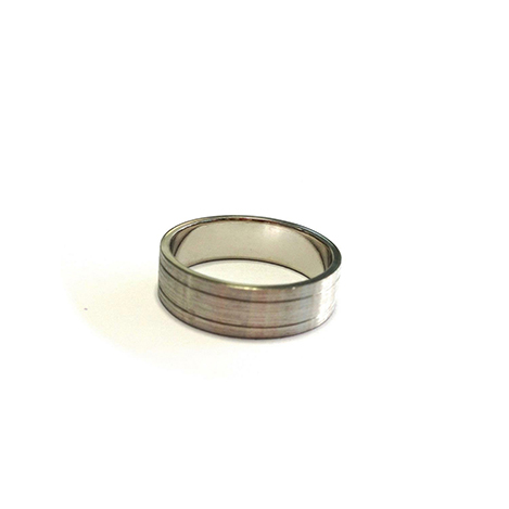 Mens-Ring-with-Engraved-Lines-Platinum1