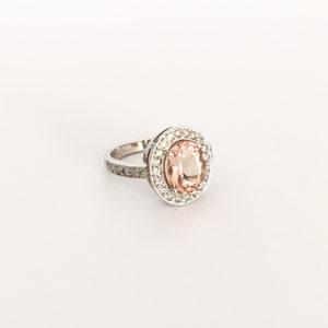 Morganite-and-Diamond-Ring-Platinum